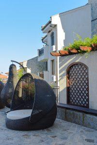 Zona de descanso no resort em Aheloy, Bulgaria