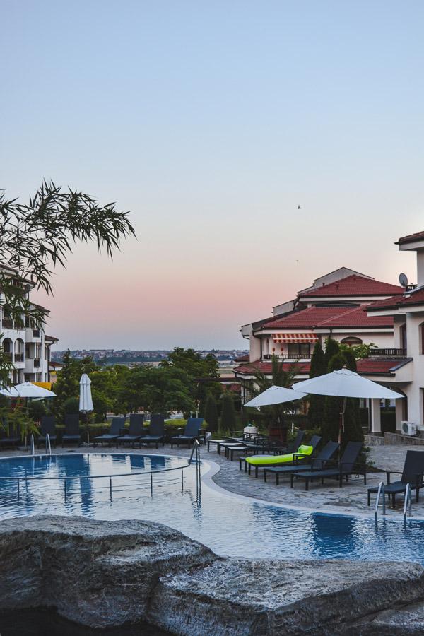 Piscina do Resort em Aheloy, Bulgaria