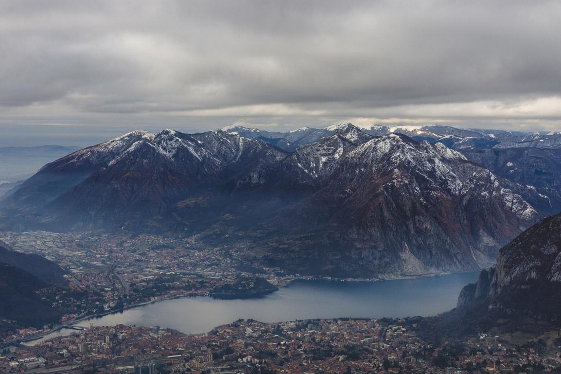 Visitar Itália pode incluir muita natureza: montanhas e lagos poderão ser encontrados a norte do país