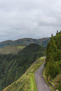 A ilha de São Miguel nos Açores é um destino perfeito para viagens de Inverno