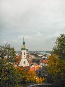 Outono em ação em Bratislava na Eslováquia
