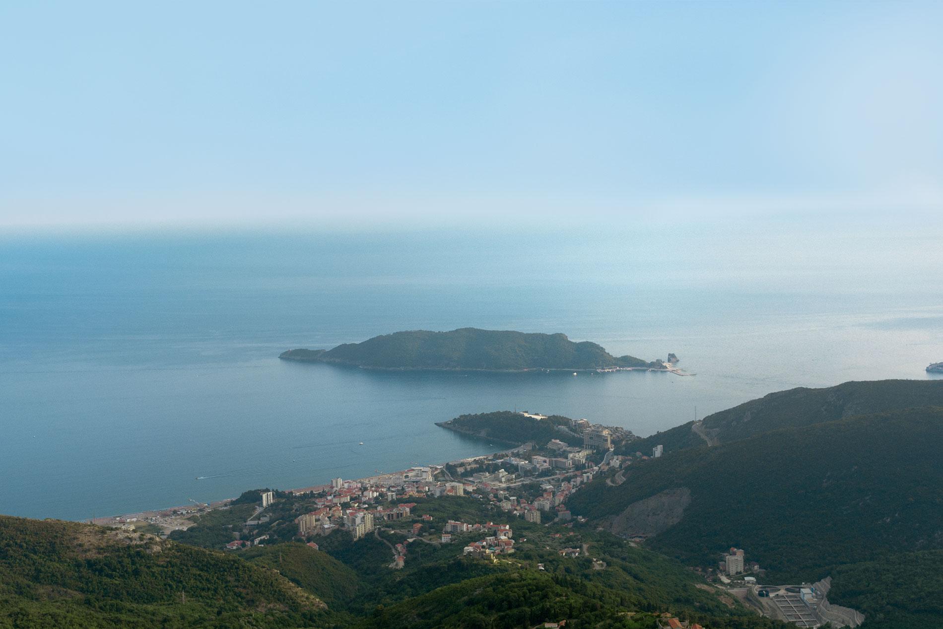 Vista de Budva no Montenegro