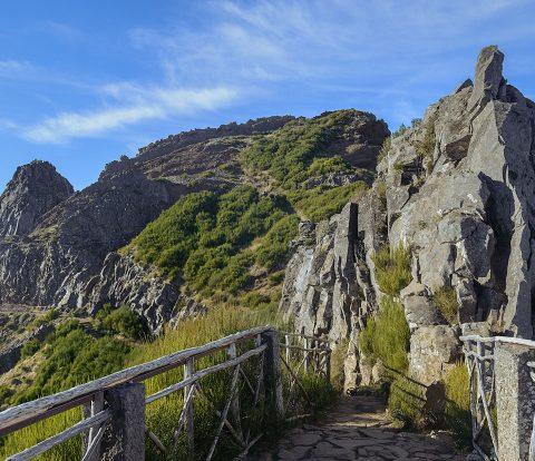 O Ninho da Manta é um dos locais a visitar ao longo desta caminhada na Madeira