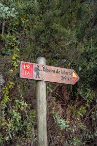 Sinal informativo numa das levadas da Madeira