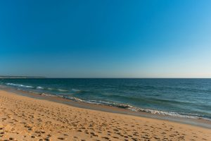Areal da praia da Nato, na Costa da Caparica