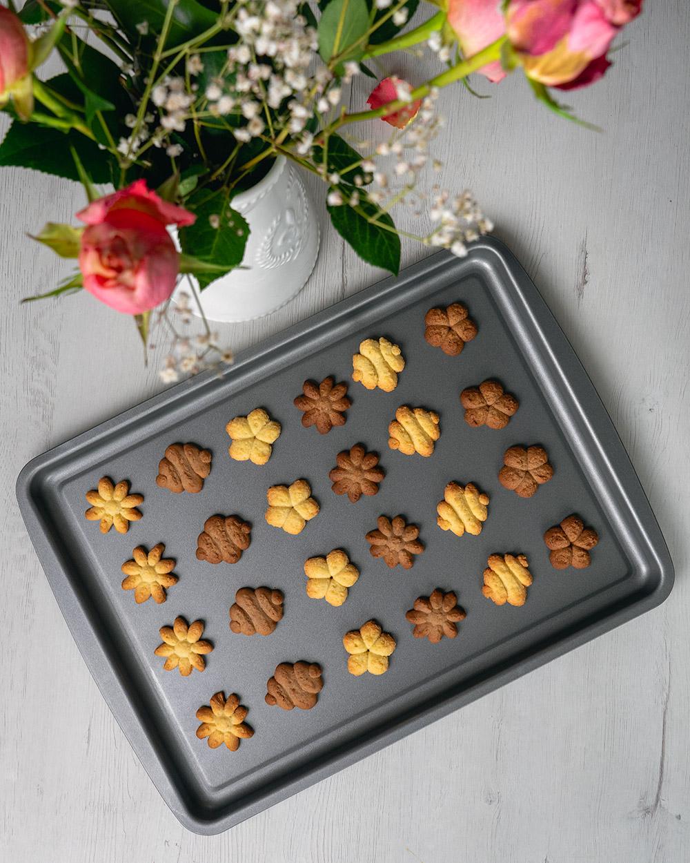 Fazer biscoitos: uma das nossas principais atividades de quarentena
