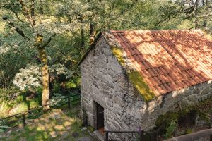 Uma das casas dos Moinhos do Poço Verde